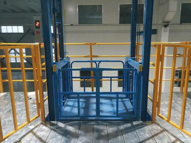 2吨液压升降货梯/双杠四柱货物升降机/液压货物提升机长春升降平台