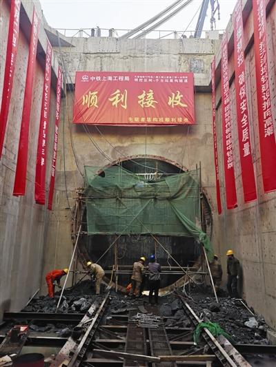 天津地铁10号线首条盾构区间施工
