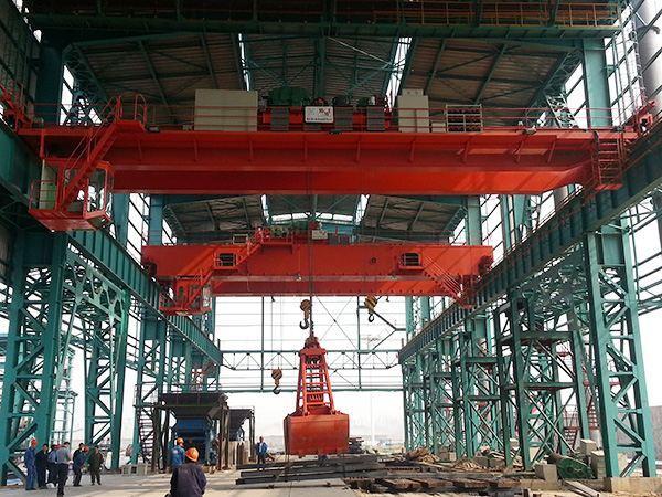 起重机械网变频调速双梁起重机双梁桥式起重机QD型双梁起重机QZ型抓斗桥式起重机